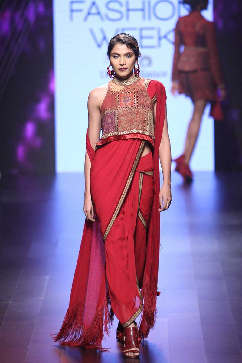 Myra - Tarun Tahiliani 9.jpg