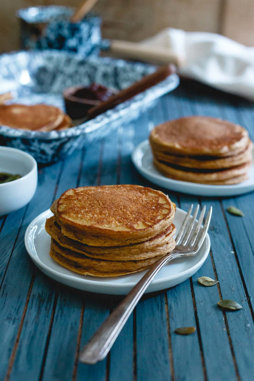 Pumpkin-Protein-Pancakes-3.jpg