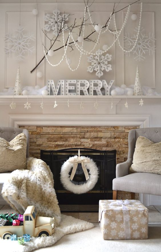 |4| White Touch   You can have that perfect white Christmas if you wish.Start by picking elegant and fancy white decorations that will make your home really dreamy.