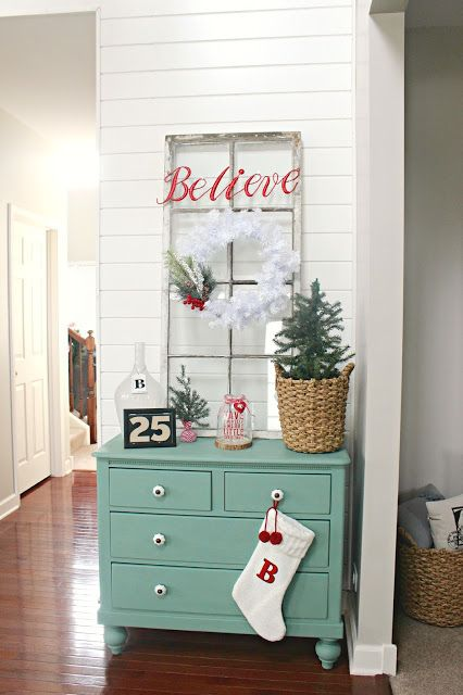 |5| Adorable Christmas Corner   If you don't want your whole house decorated, then create a cosy christmas corner - decorate with powerful colour combos. Add small christmas trees, lights and adorable ornaments.