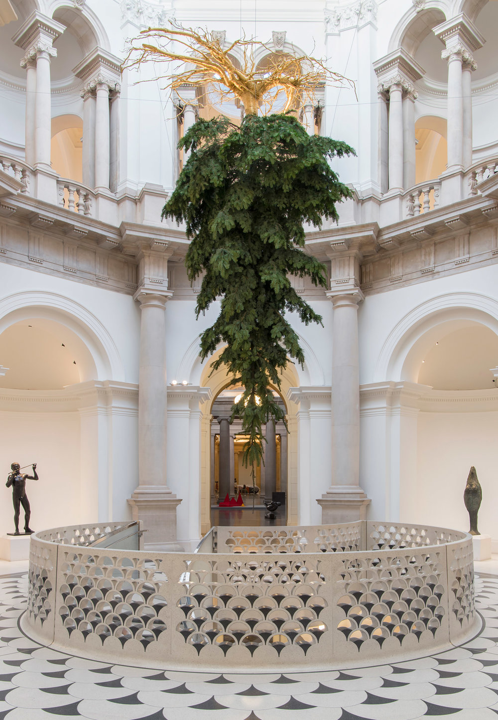 tate-christmas-tree-design-museum-christmas_dezeen_2364_col_1.jpg