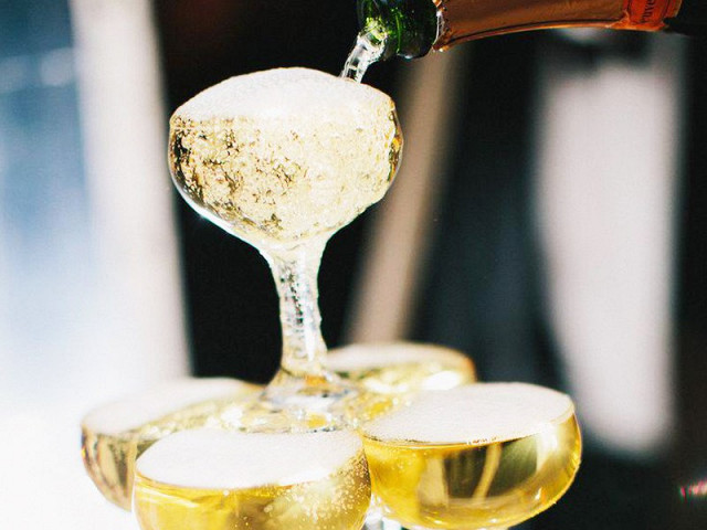 the-surprisingly-unknown-health-benefit-of-champagne-1518321.640x0c.jpg
