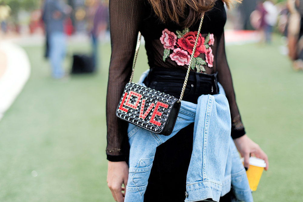 Les-Petits-Joueurs-Vogue-India-Street-Style-Lakme-Fashion-Week-Givenchy-Bag.jpg