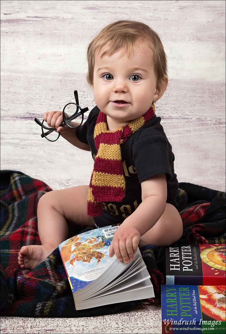 Harry potter themed baby pictures calgary baby photographer adorable baby photos in calgary windrush images