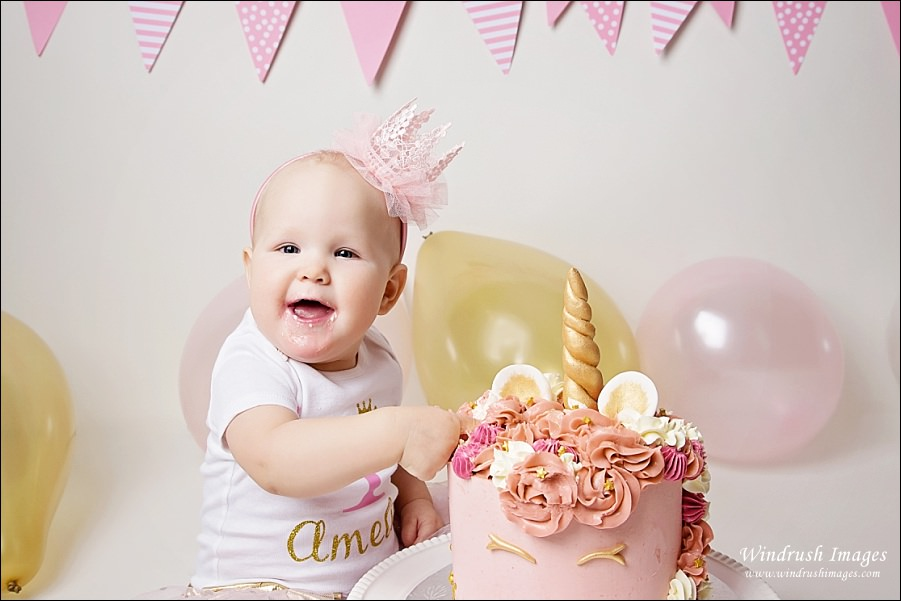 cake-smash-photography-Calgary-baby-girl-in-pink-with-crown