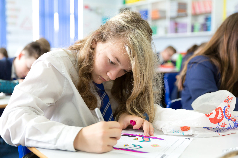art essay samples junior