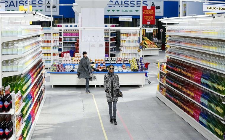 140304-chanel-supermarket-01_1a2d47198b7ee5ad5ef52bbb8deaa154.fit-760w.jpg