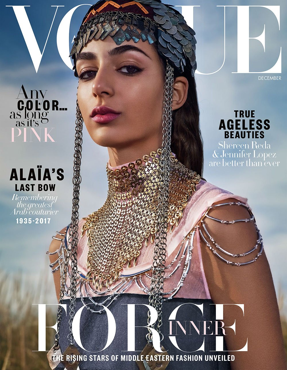10-Vogue-Arabia-DEC-17-Binder-_ellenvonunwerth_-1.jpg