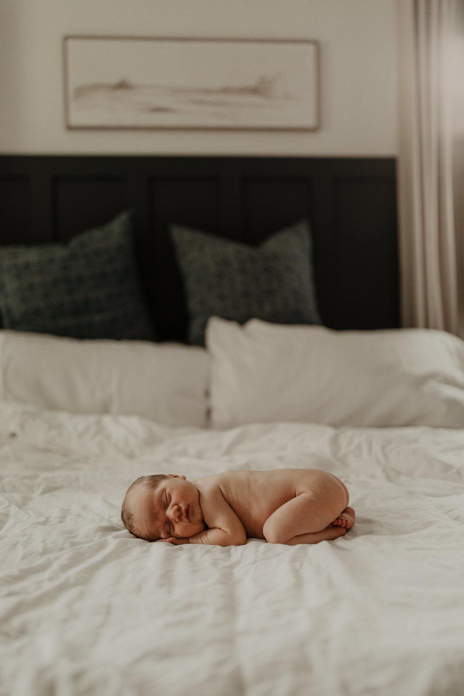 Ellis - Newborn_191.jpg
