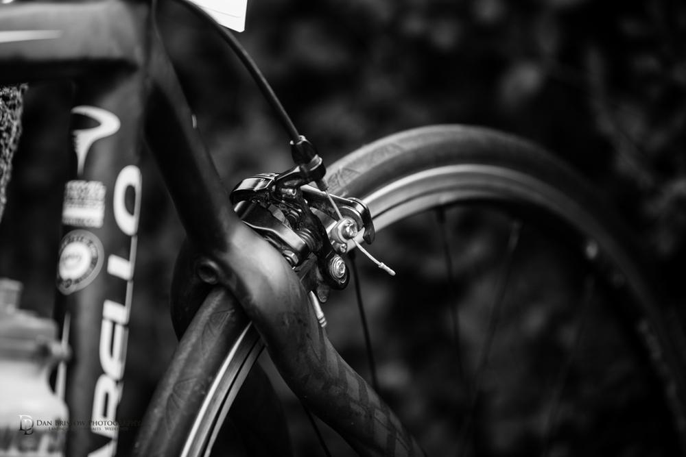 CyclechinosportivedanbristowphotographyBW-6.jpg