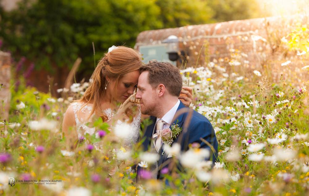 Mr&MrsSmithTithebarnsymondsburyweddingLRBW-68.jpg