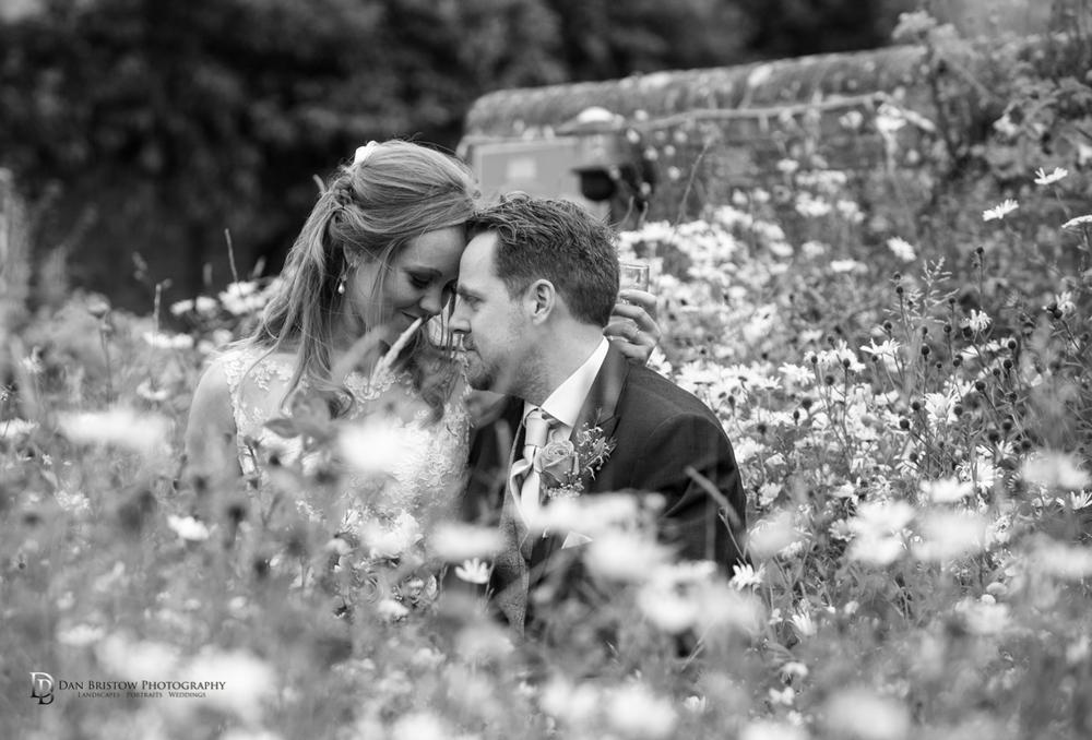 Mr&MrsSmithTithebarnsymondsburyweddingLRBW-69.jpg
