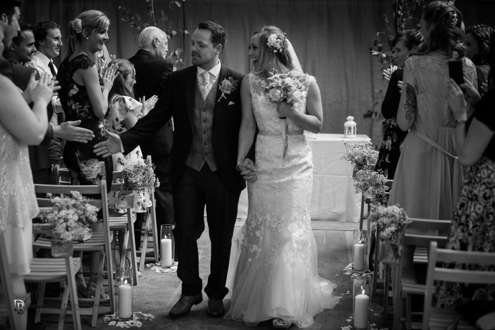 Mr&MrsSmithTithebarnsymondsburyweddingLRBW-92.jpg