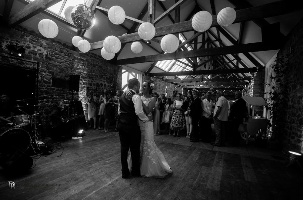 Mr&MrsSmithTithebarnsymondsburyweddingLRBW-14.jpg