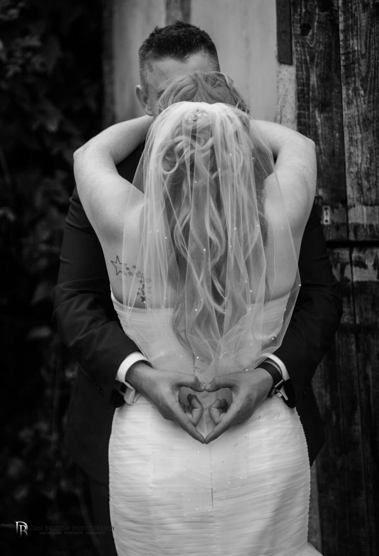 Mr&MrsJoyceClockbarnweddingLRBW-39.jpg