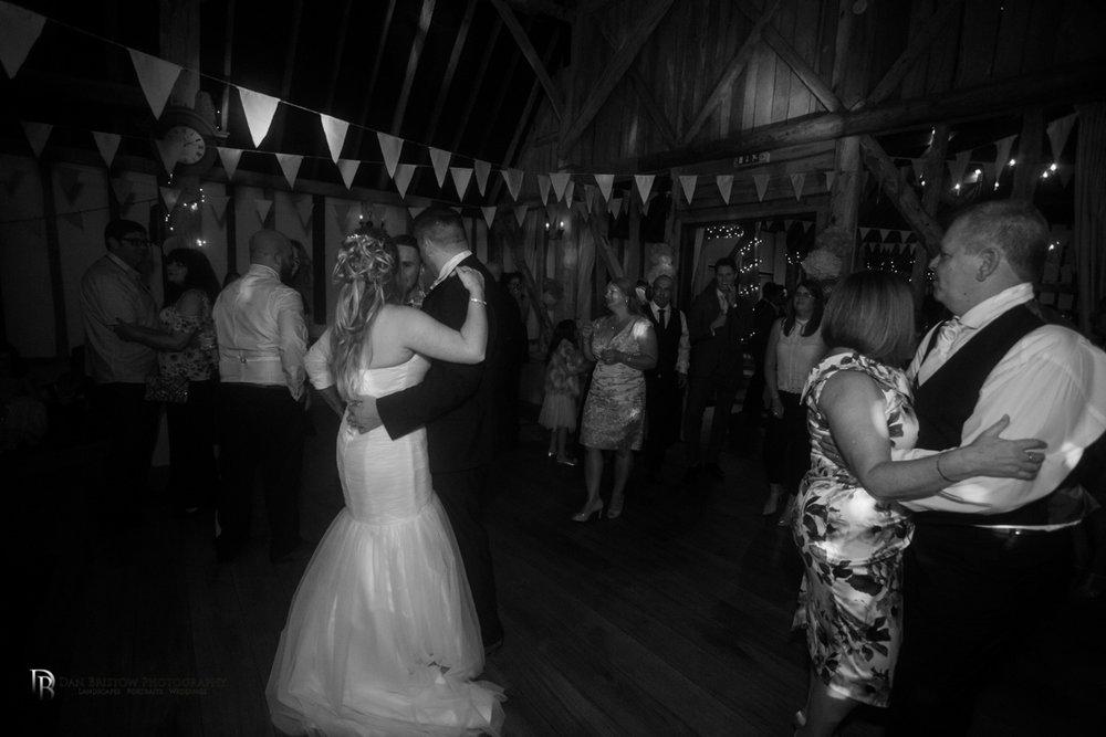 Mr&MrsJoyceClockbarnweddingLRBW-5.jpg