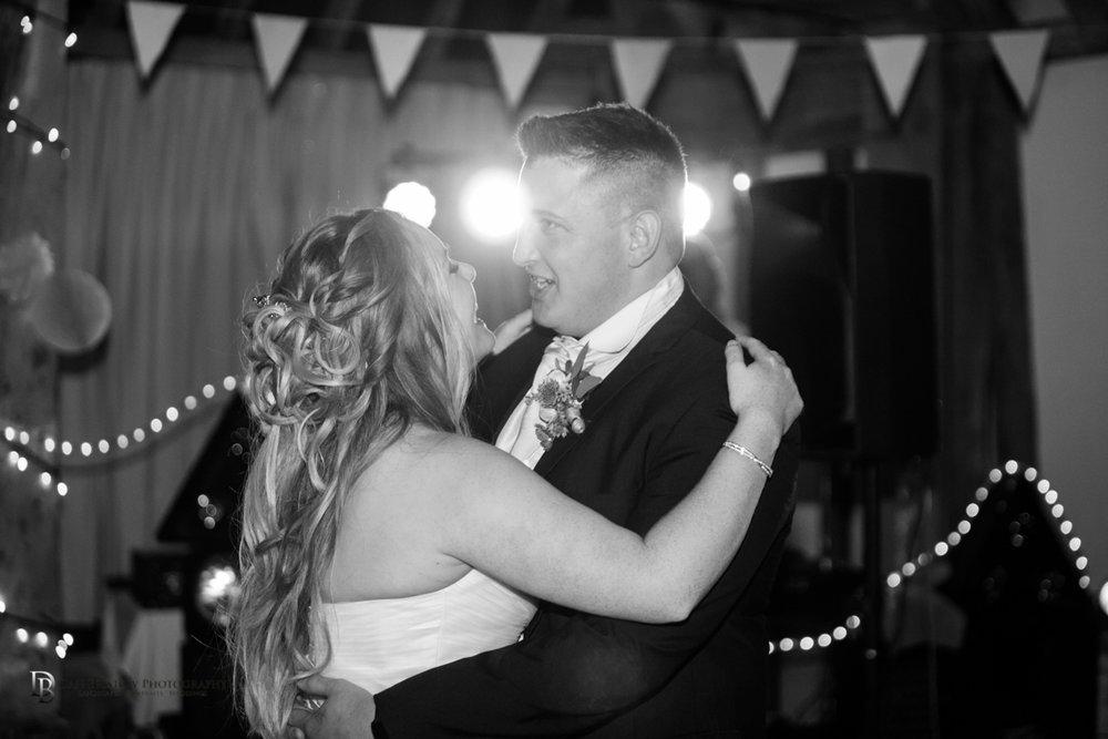 Mr&MrsJoyceClockbarnweddingLRBW-9.jpg