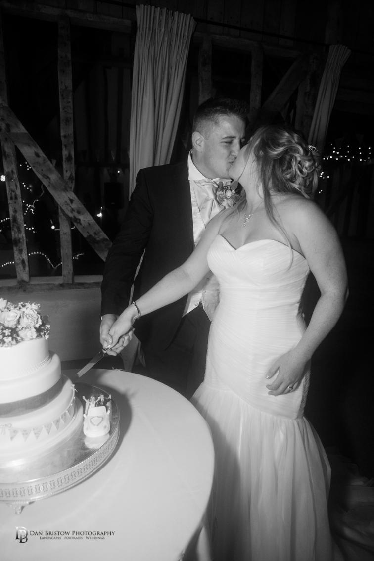 Mr&MrsJoyceClockbarnweddingLRBW-17.jpg