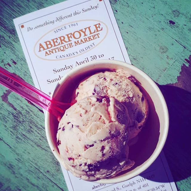 Chunk Cherry... chunks of chocolate covered almonds in a cherry ice cream. We only have a limited amount of this special seasonal flavour, and only @aberfoylemrkt this weekend! #aberfoyleantiquemarket #smallbatchicecream  #icecream #chunkcherry #cherryicecream #madewithawholelottalove