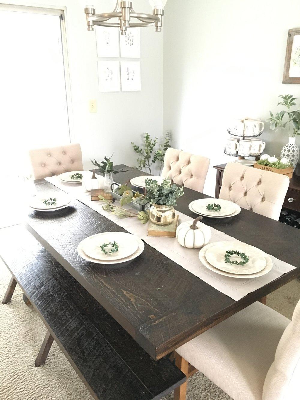 An Easy DIY Thanksgiving Tablescape