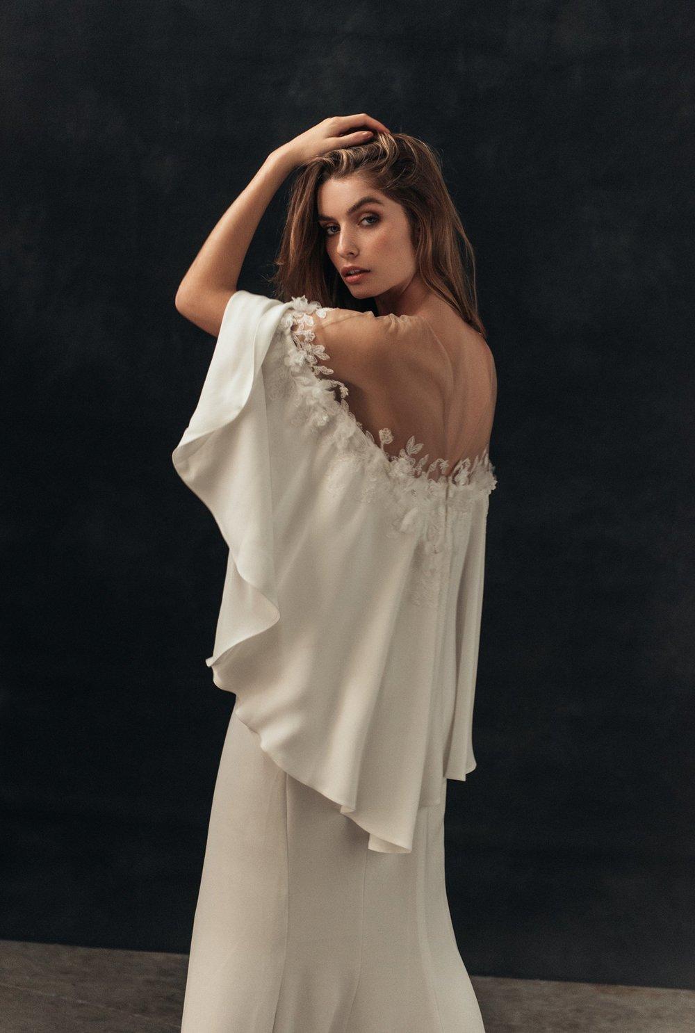 13.-hello-may-bridal-fashion-editorial-jack-steel-photography-Tadashi-Shoji-love-marie-bridal-boutique-1.jpg