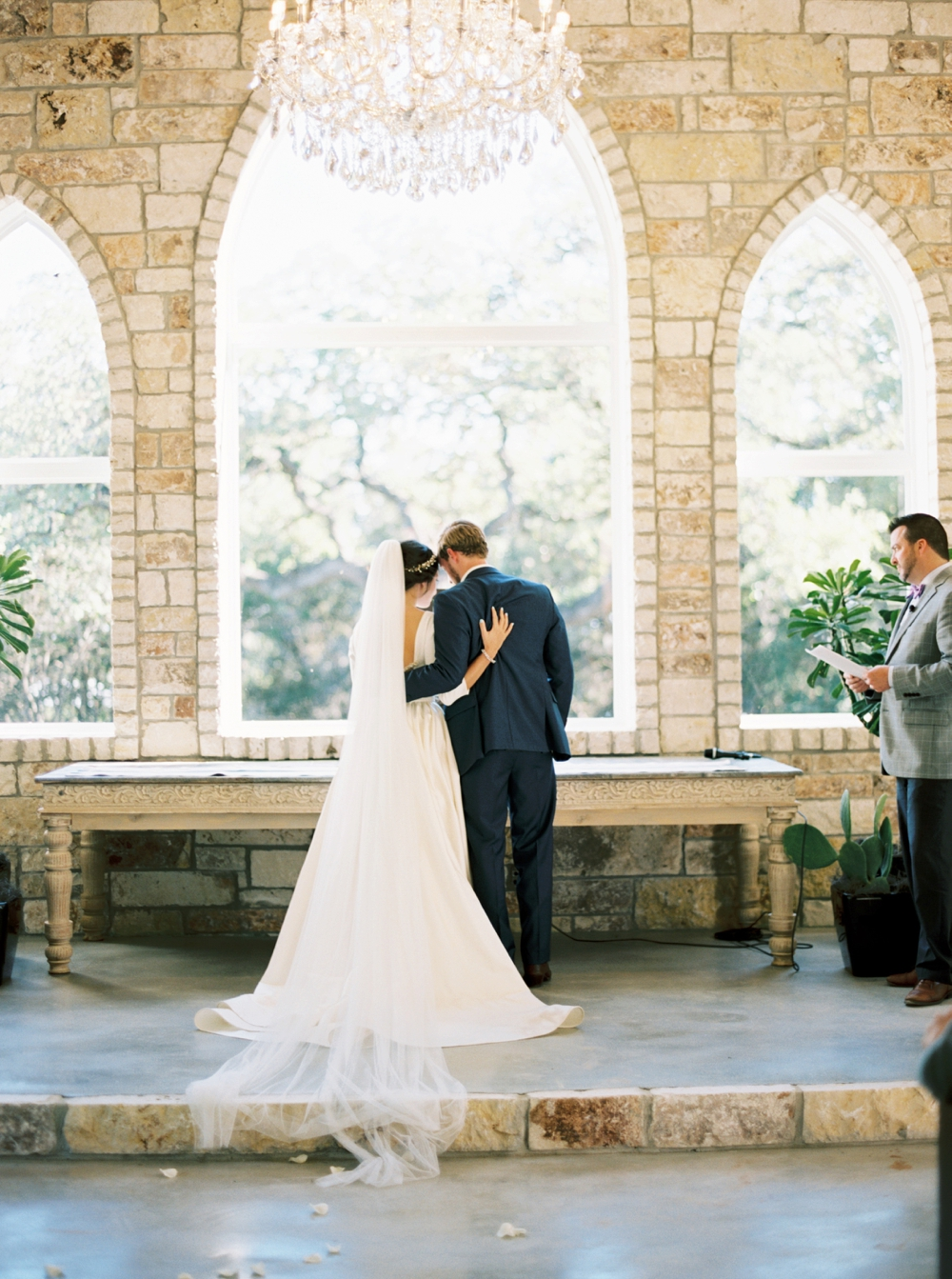 chandelier-of-gruene-wedding76.jpg