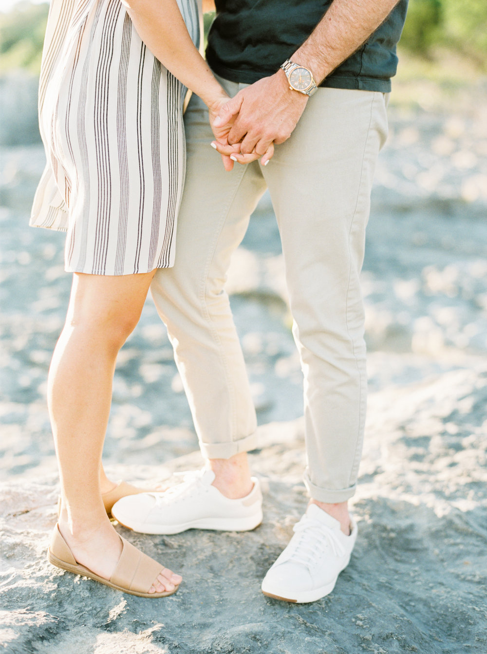 Engagement Session Outfits-13.jpg