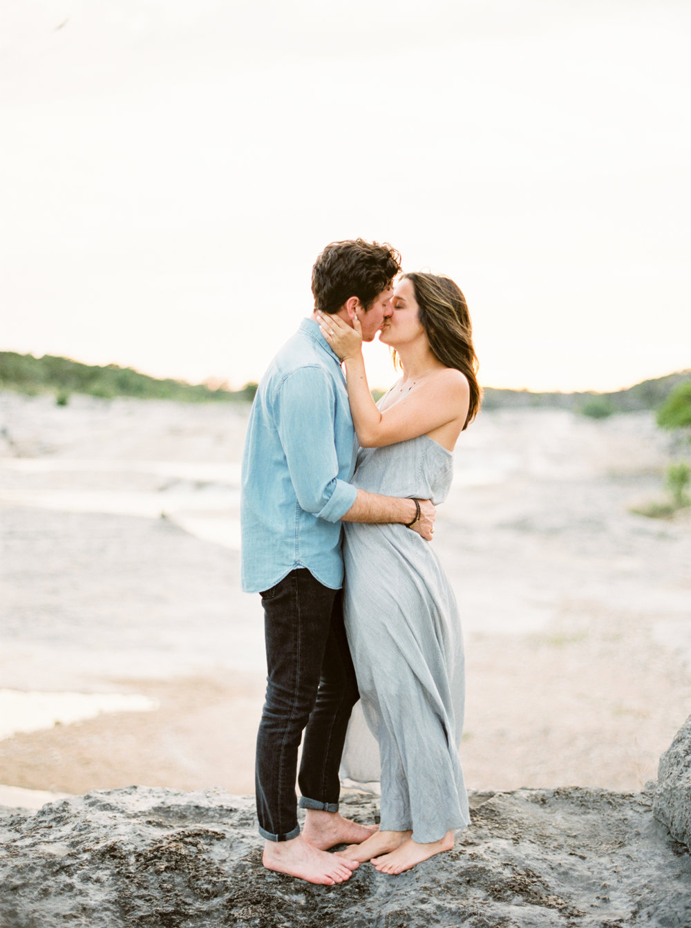 Engagement Session Outfits-22.jpg