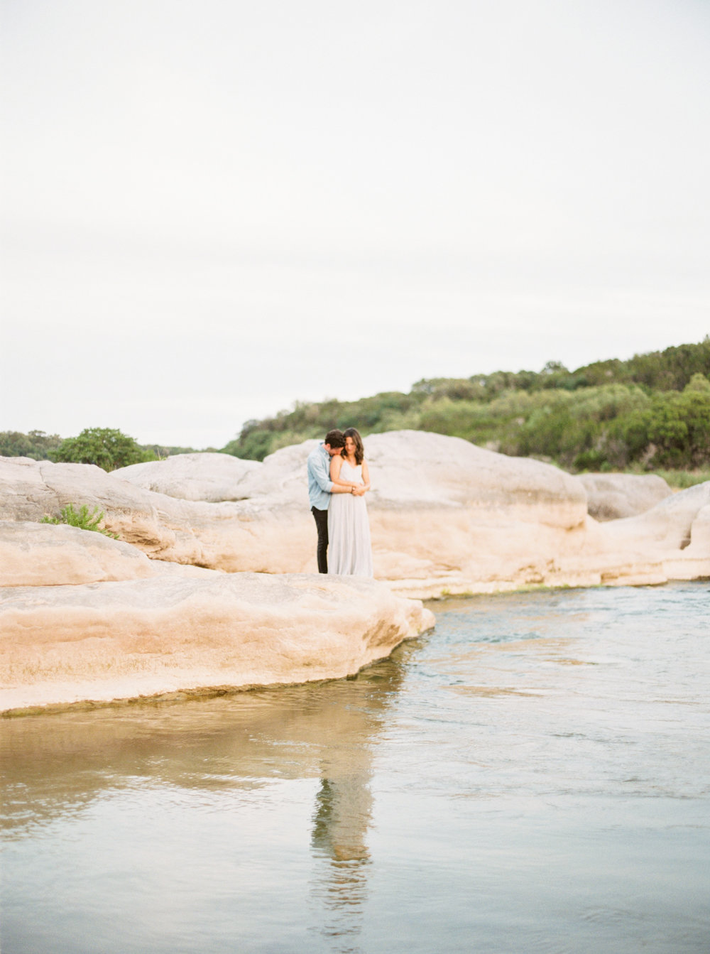Engagement Session Outfits-24.jpg