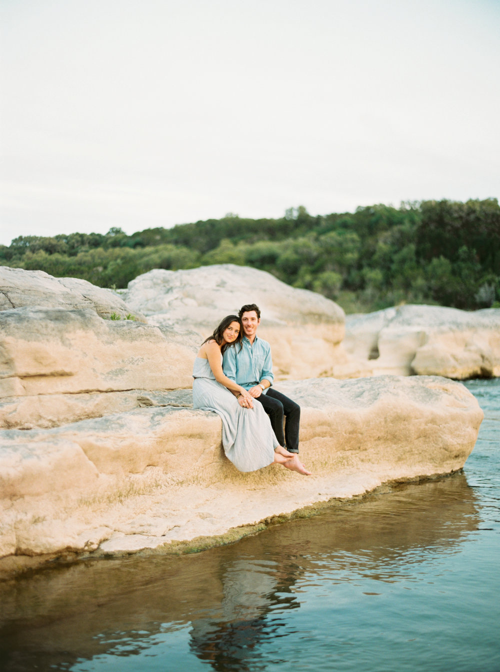 Engagement Session Outfits-27.jpg