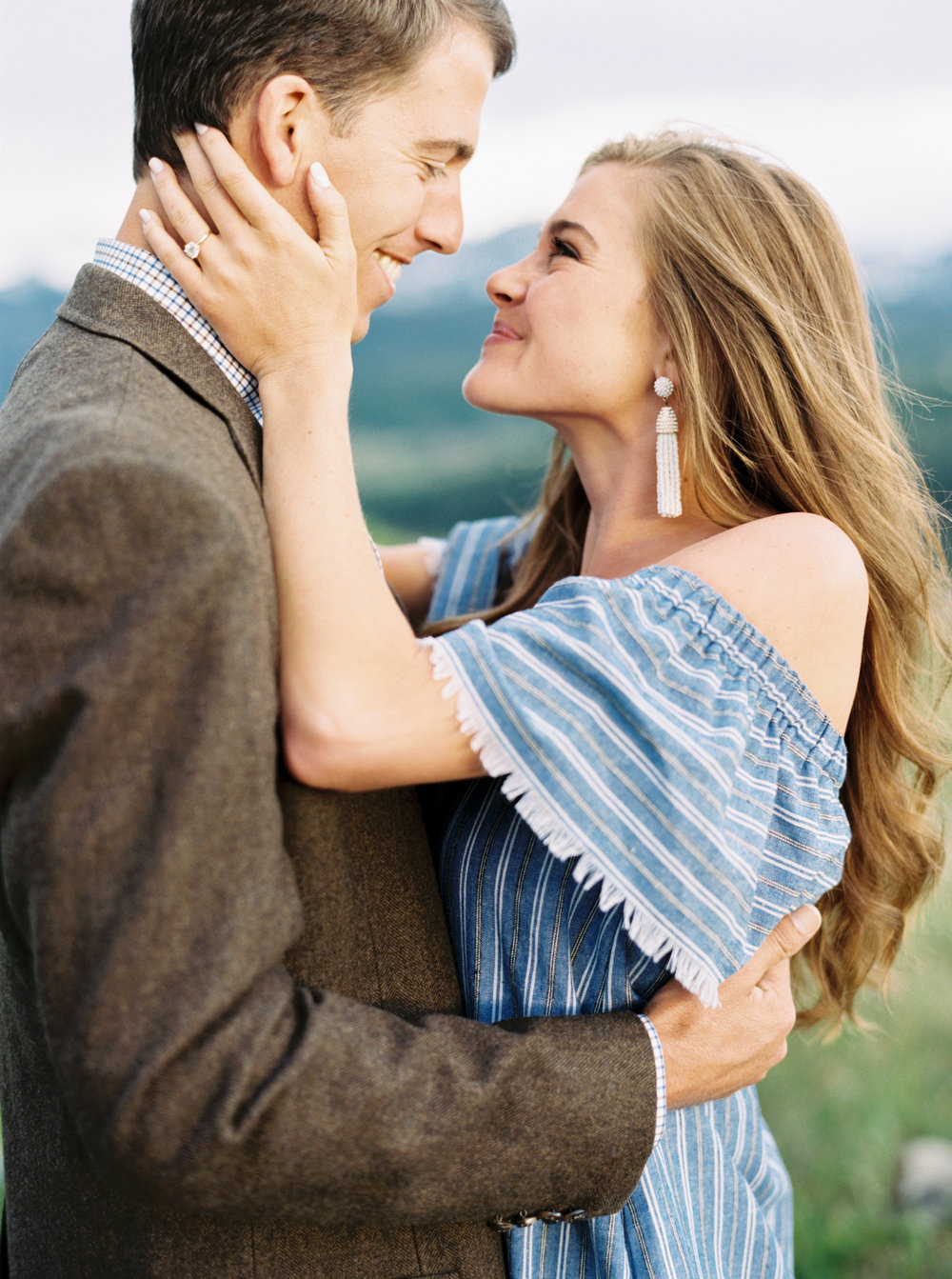 Engagement Session Outfits-43.jpg