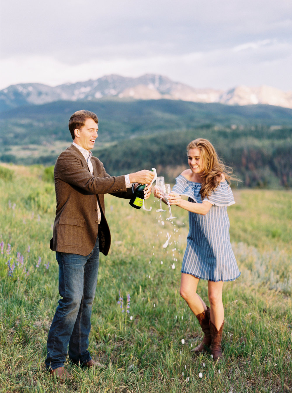 Engagement Session Outfits-47.jpg