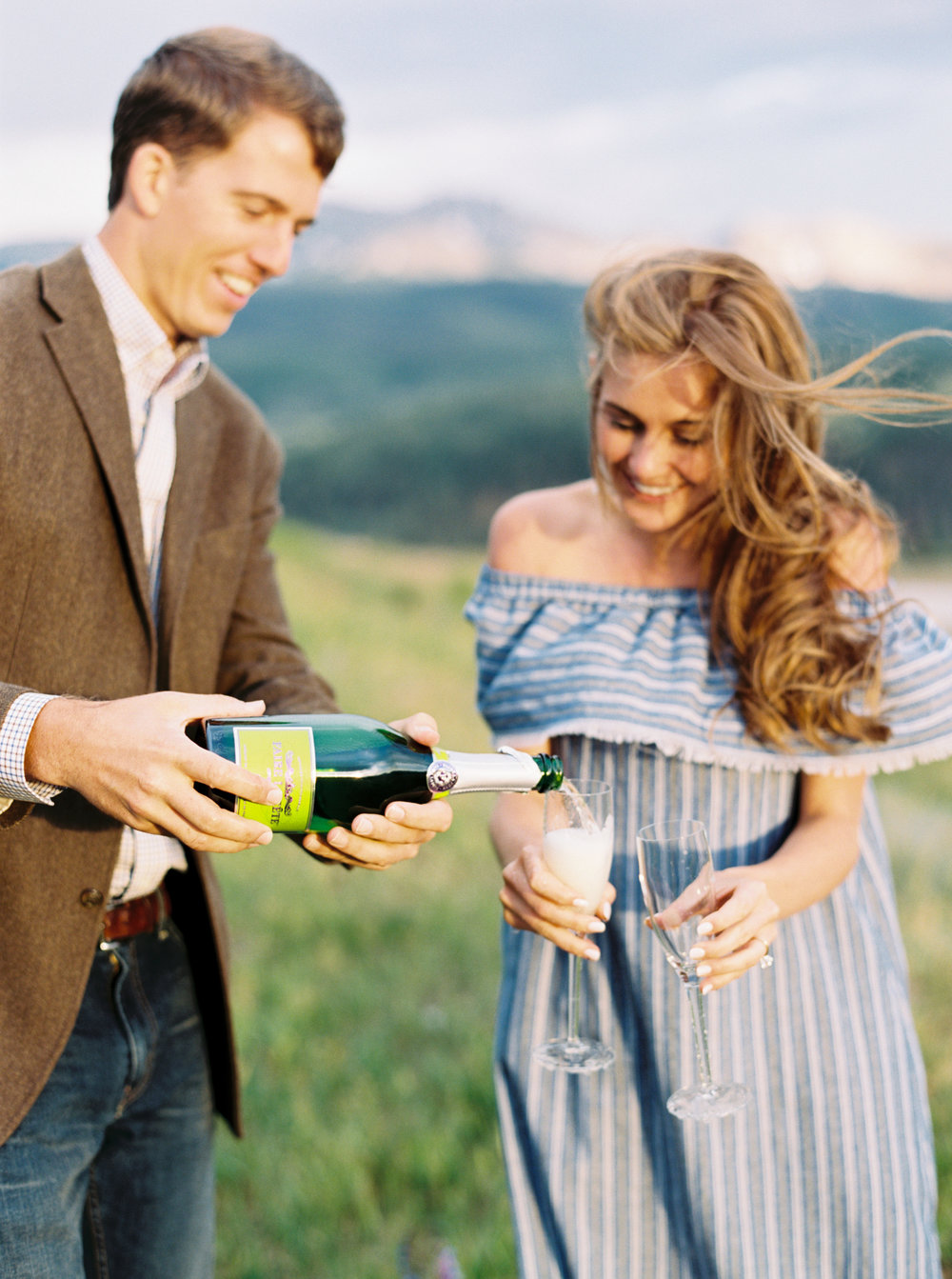 Engagement Session Outfits-48.jpg