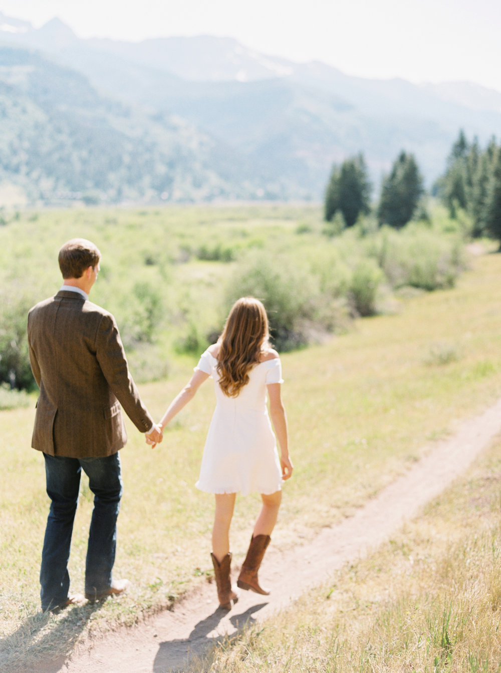 Engagement Session Outfits-51.jpg