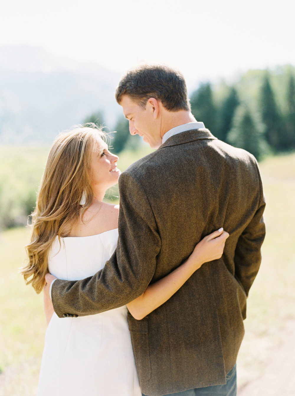Engagement Session Outfits-54.jpg