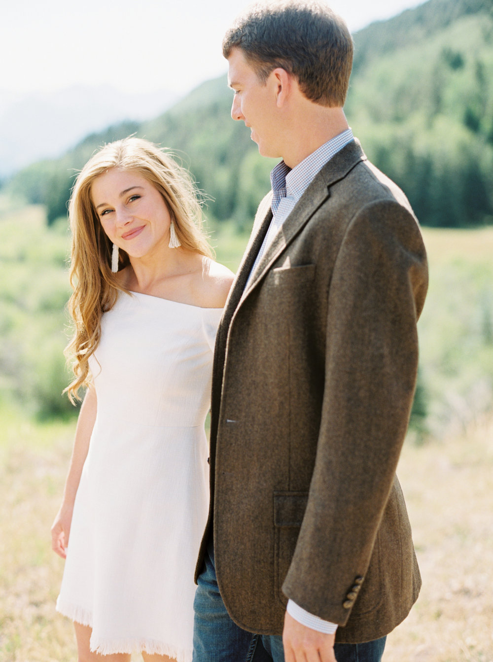 Engagement Session Outfits-60.jpg
