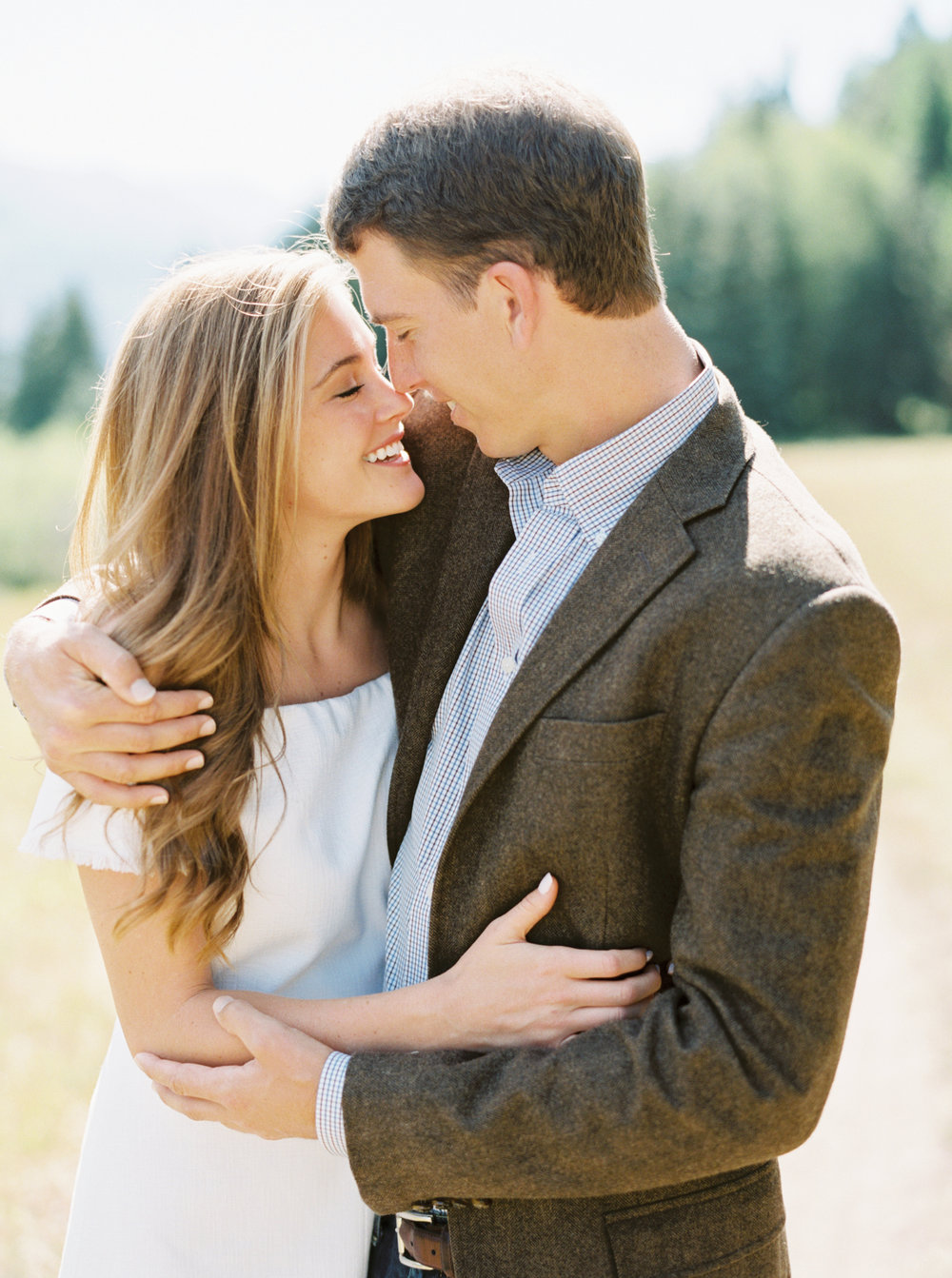 Engagement Session Outfits-61.jpg