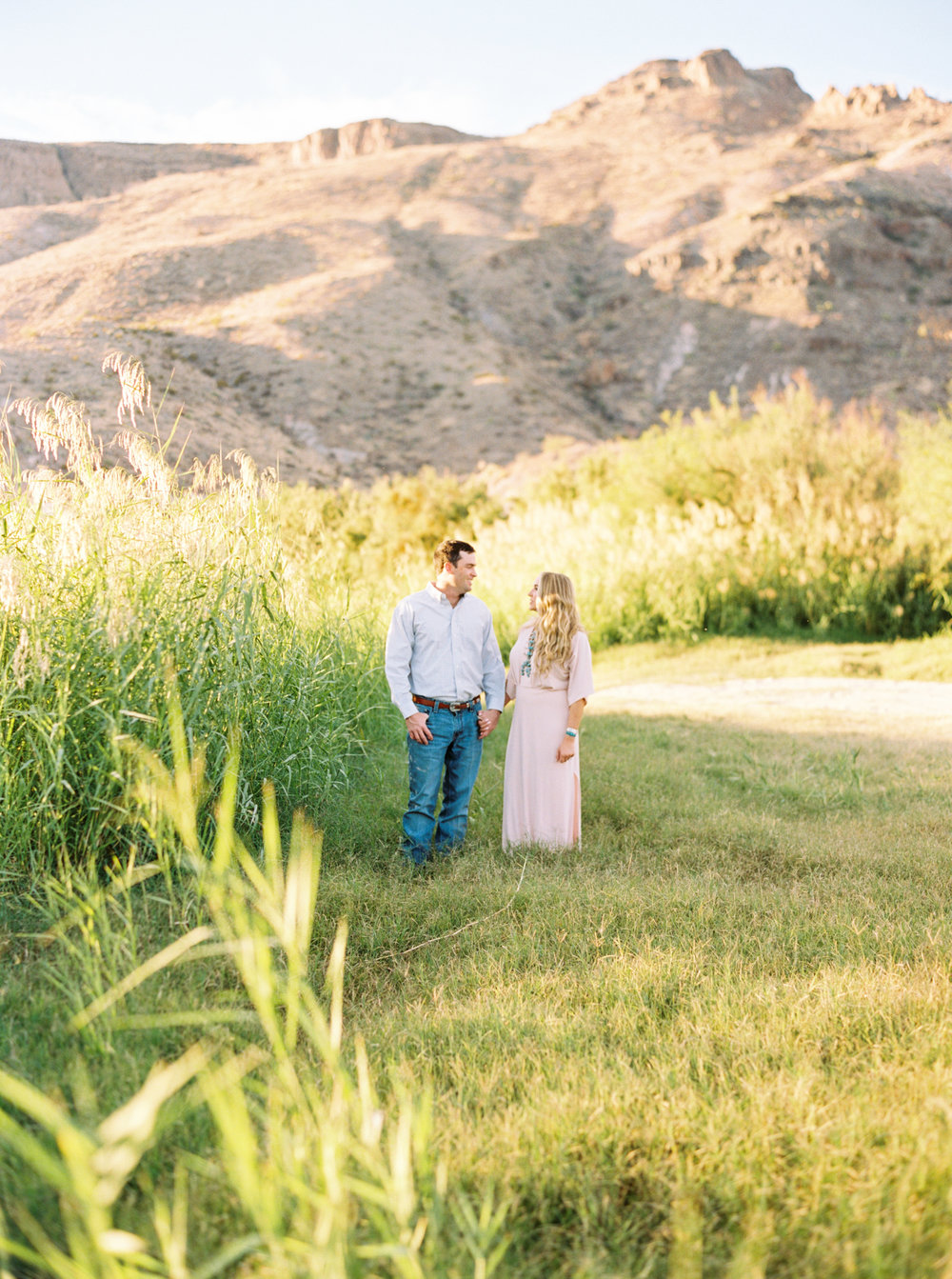 Engagement Session Outfits-174.jpg