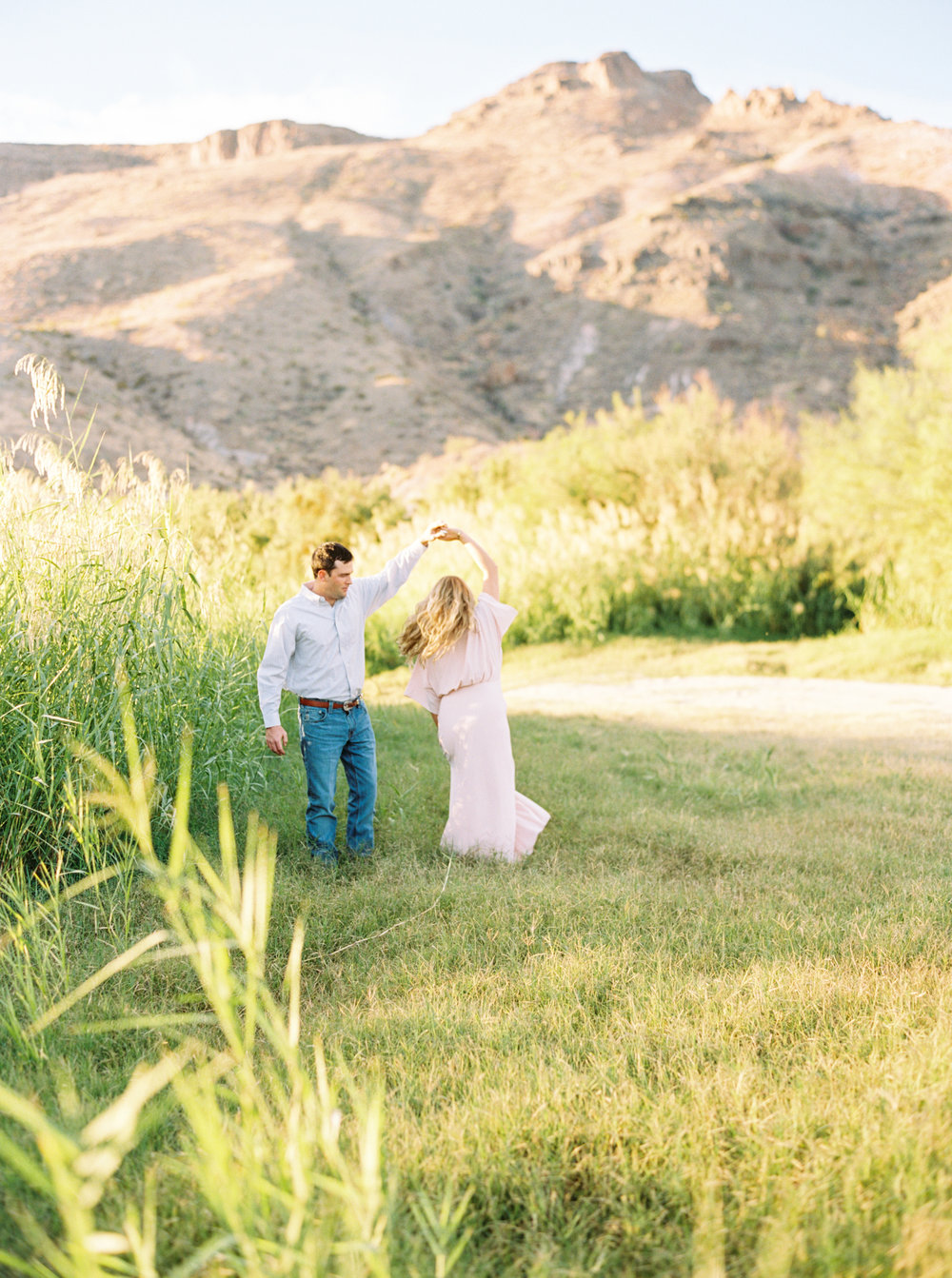 Engagement Session Outfits-175.jpg