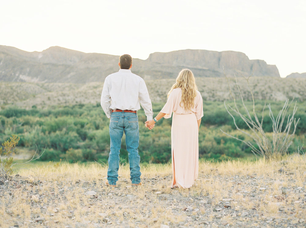 Engagement Session Outfits-181.jpg