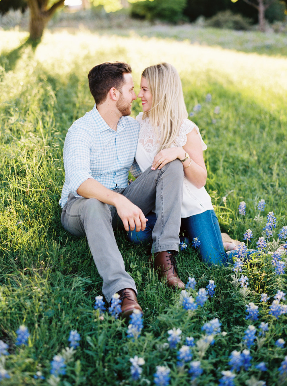 texas bluebonnet engagement pictures