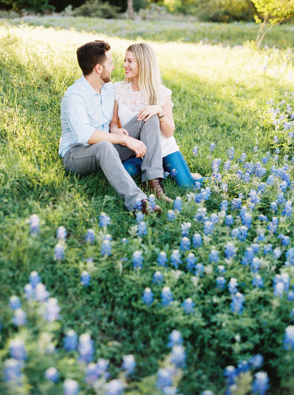 engagement pictures in the wildflowers