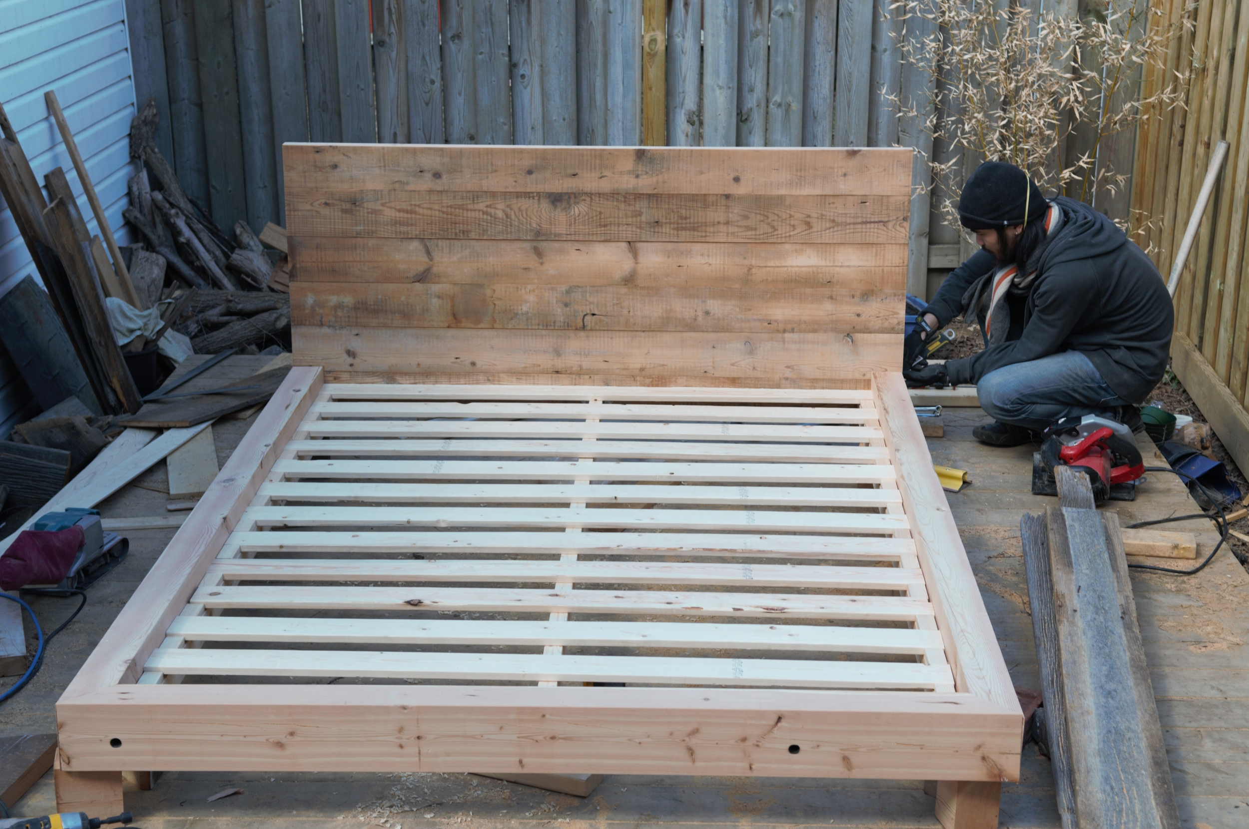 reclaimed_wood_bed_frame
