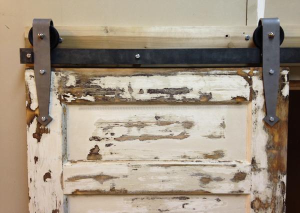 arrowhead_barn_door_hardware_00