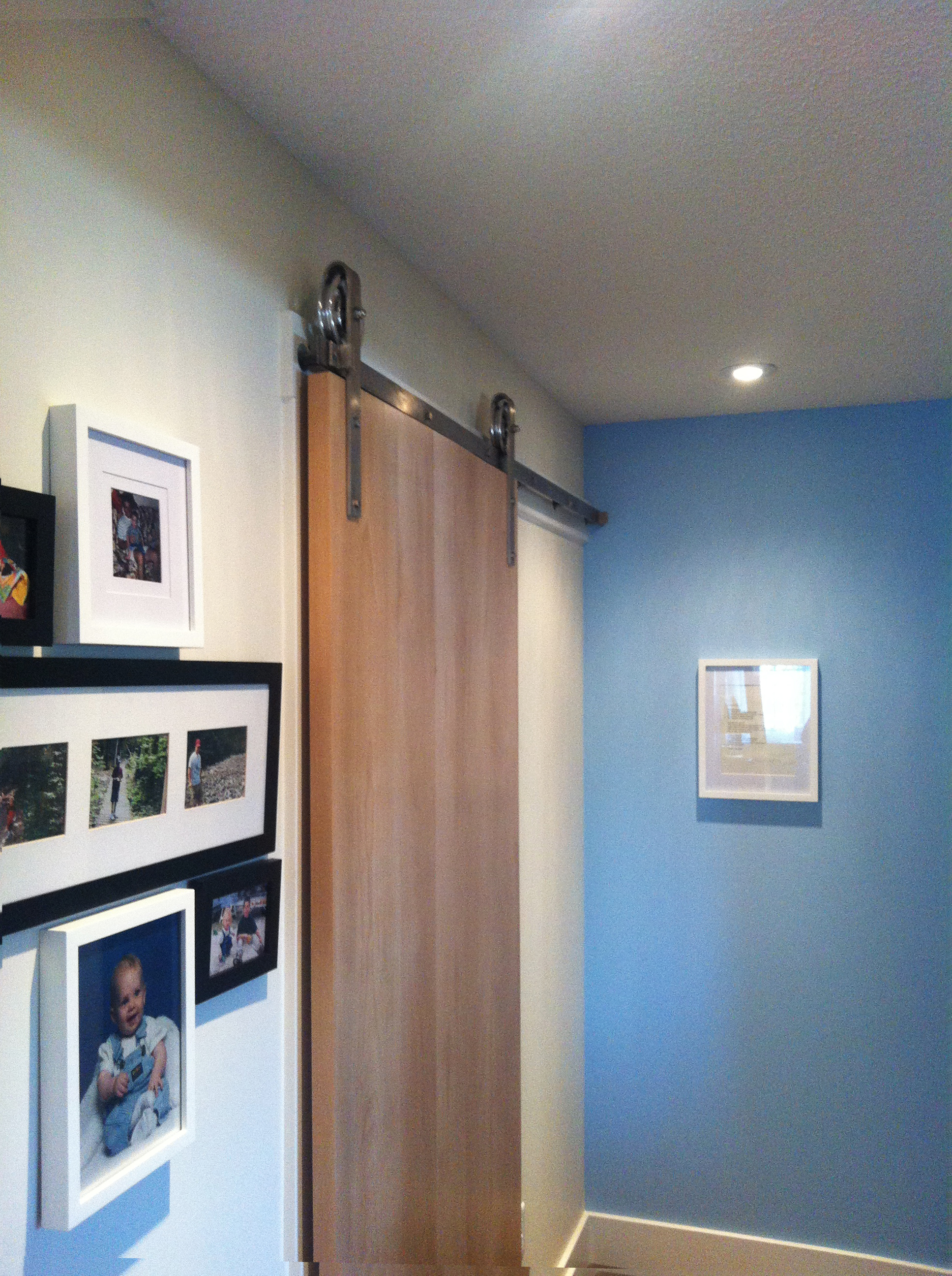 A closer look, and the blue accent wall is so beautiful with the colour of the natural beech door.