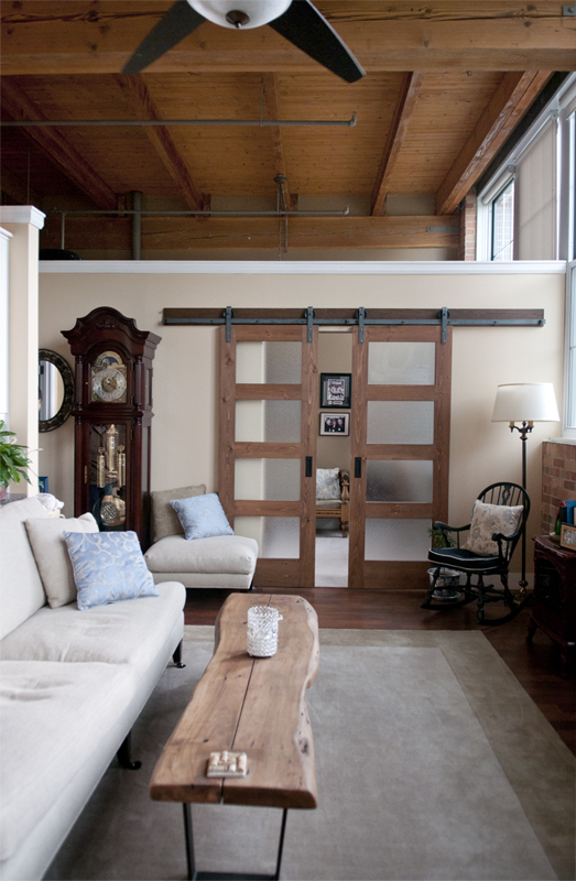 This is one set of the double biparting doors for the second bedroom. How lovely are these doors with that ceiling!