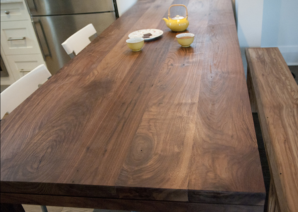 walnut_dining_table_02.jpg