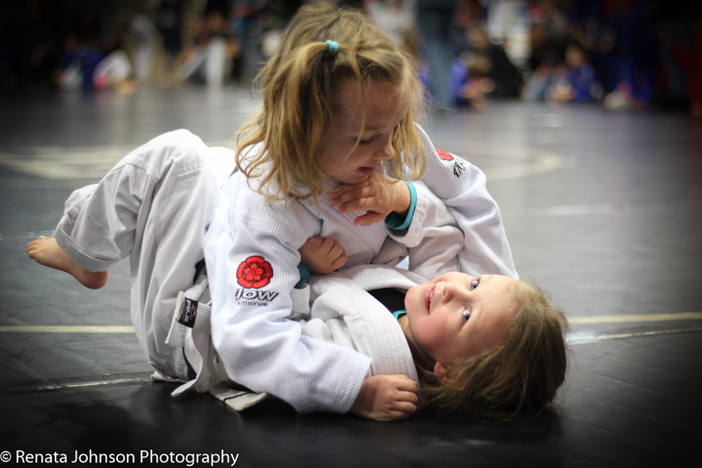2 Girls Gi 3-1.jpg