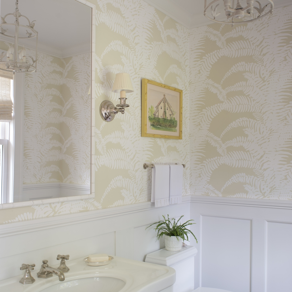 Meg Braff - Ferns Wallpaper Bathroom.jpg
