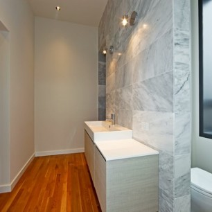 1849-n-hermitage-urban-treehouse-bucktown-bathroom-6-306x306.jpg